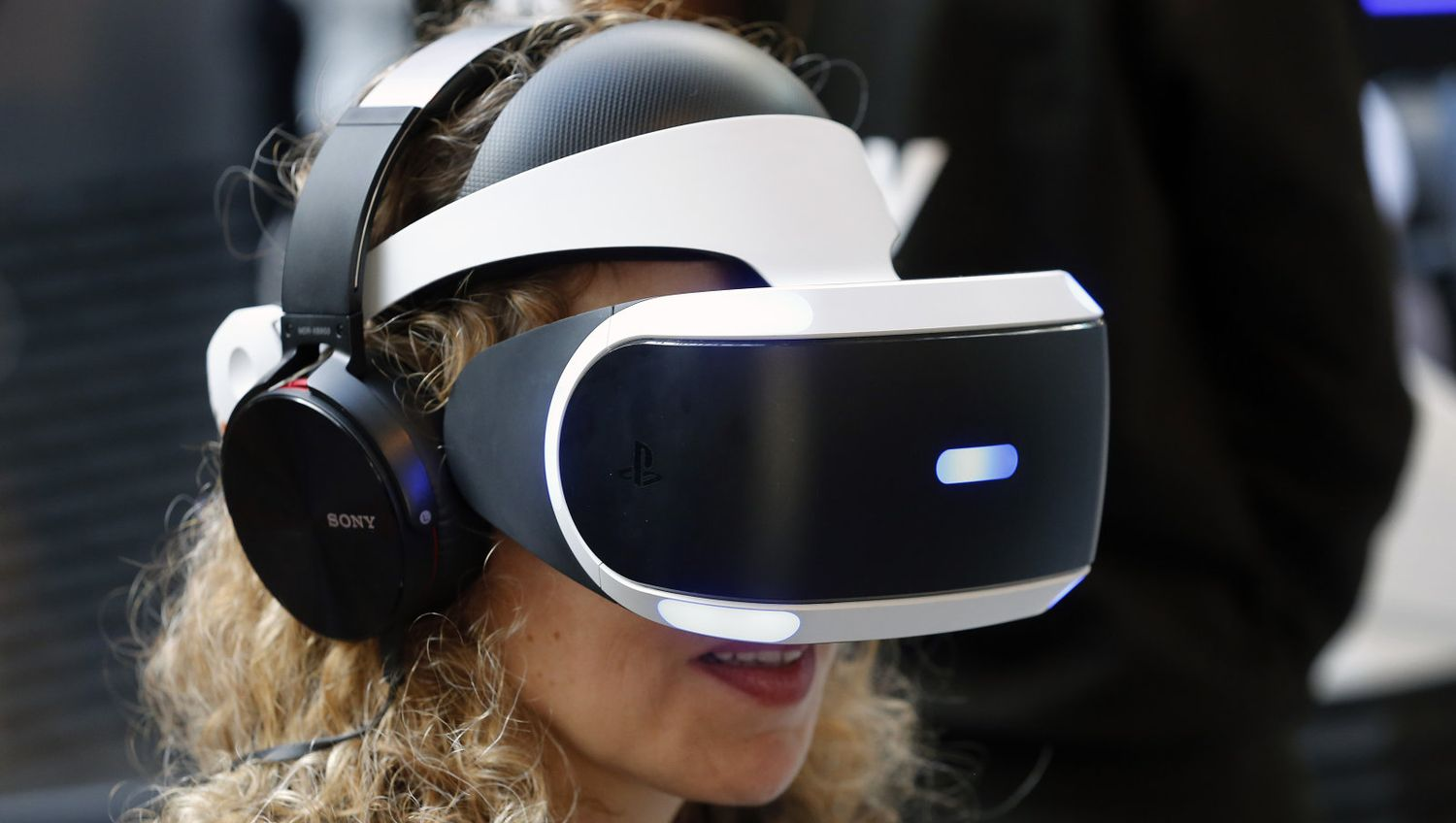 Sales of the PlayStation VR headset exceeded expectations Sony