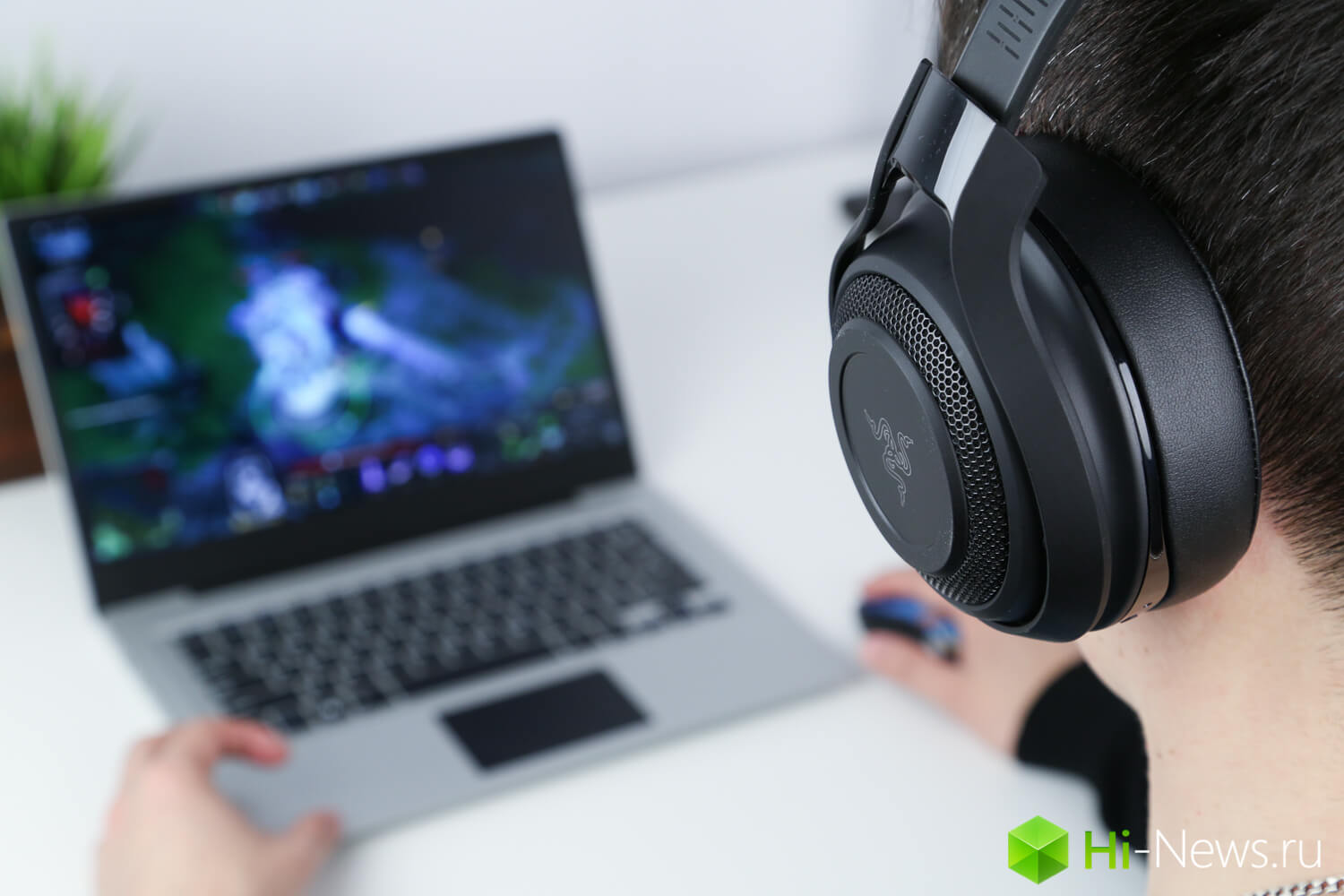 Gamers the joy of headphones Razer ManO'War
