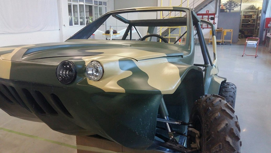 Russian car-amphibian show at the exhibition MAKS-2017