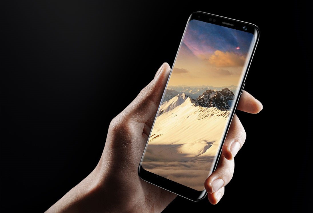 Frameless flagship BLUBOO captured on video