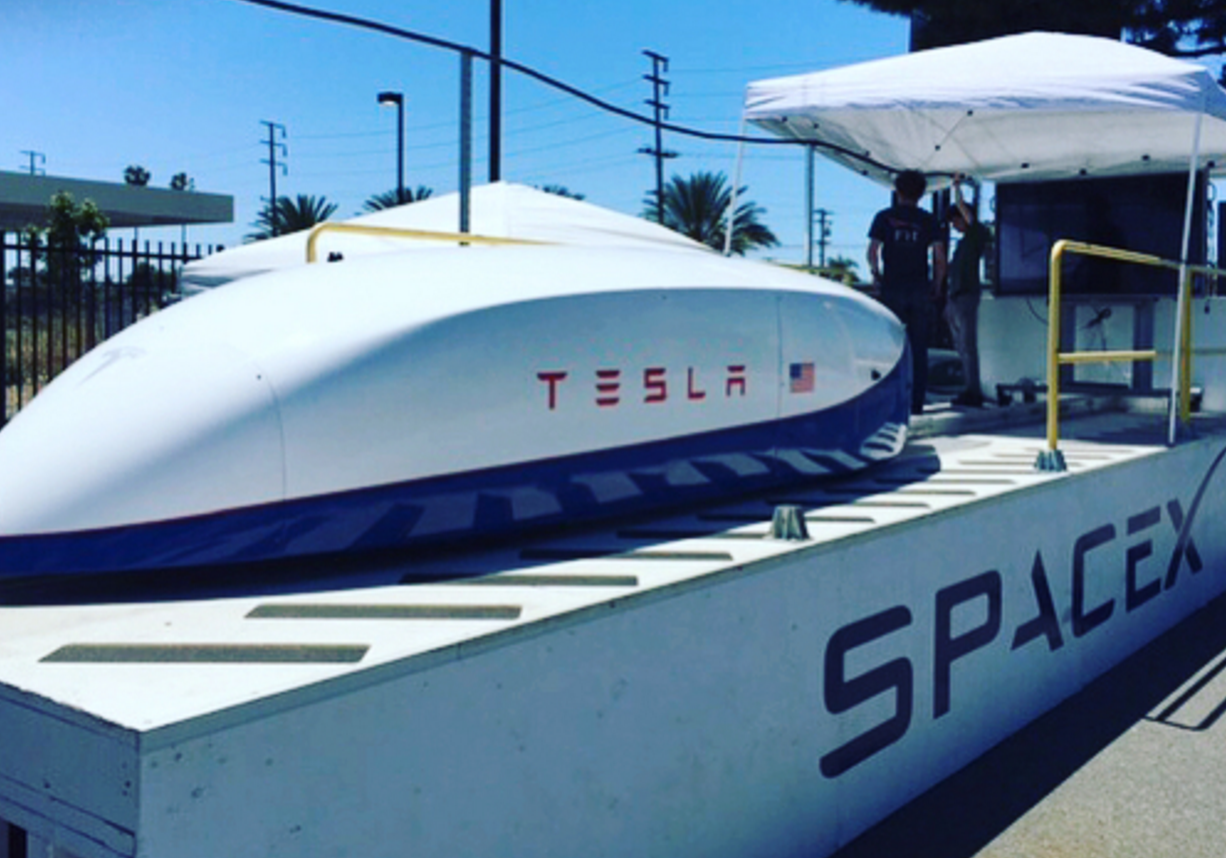 Capsule Hyperloop from Tesla set a new record for speed