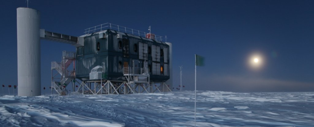 The South polar Observatory will help solve the mystery of fast radio pulses