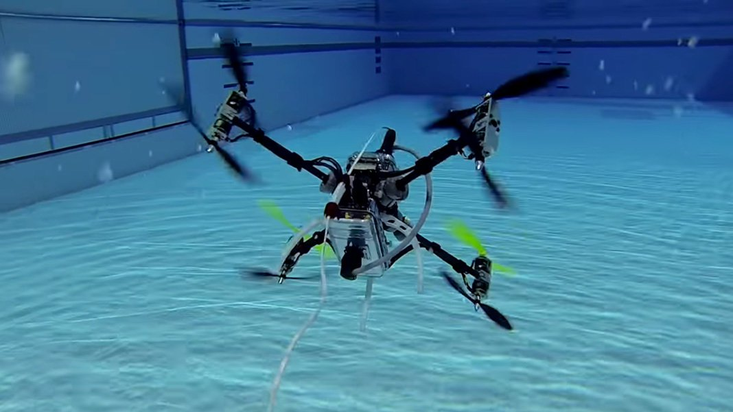 This unmanned drone is able to fly and swim underwater