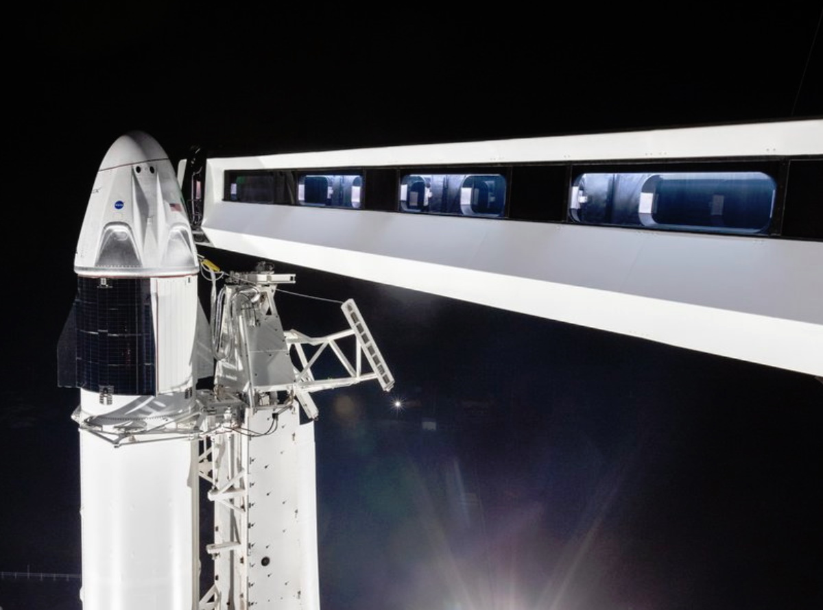 Media: the launch of Manned spacecraft Crew Dragon from SpaceX may postpone until November