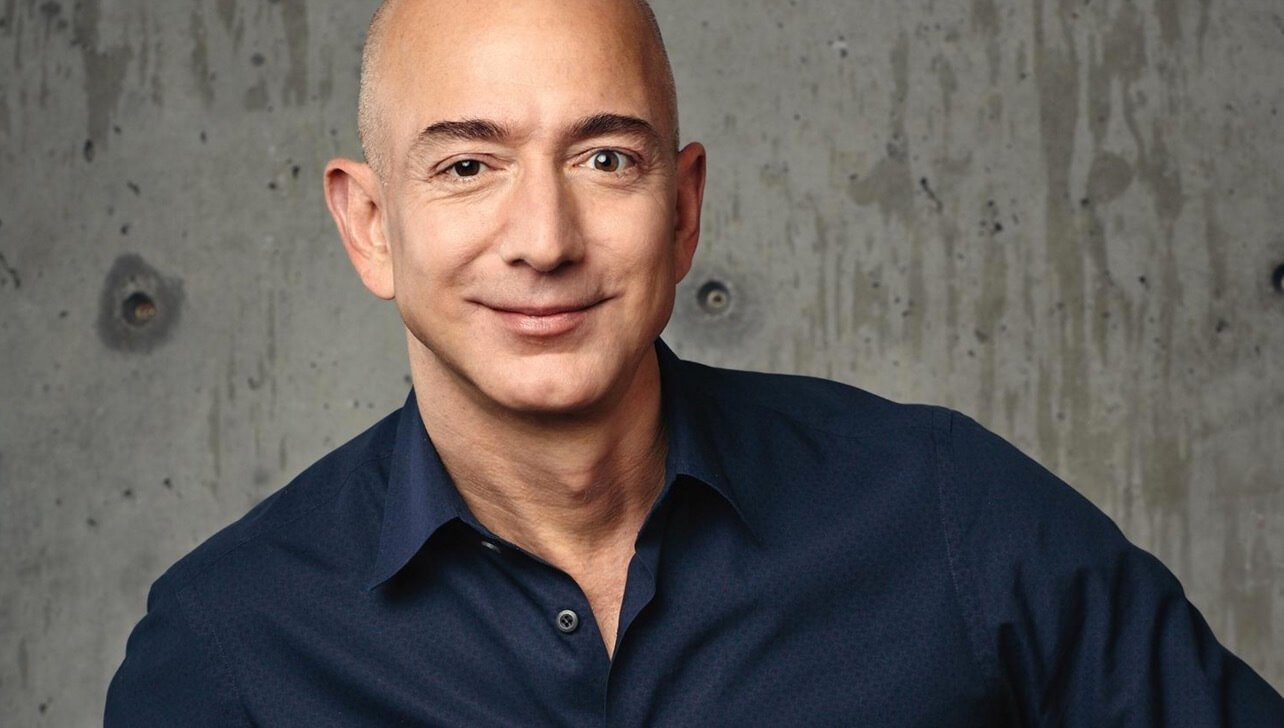 How much money does the richest man on Earth?