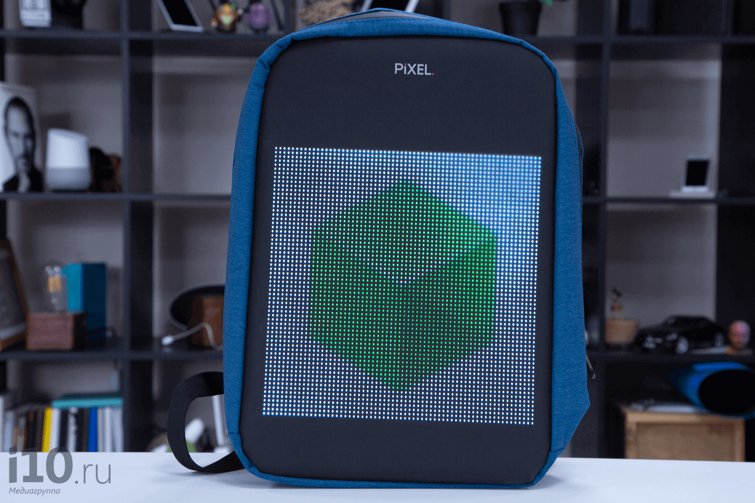 Overview of PIXEL — first in the world of backpacks with a screen